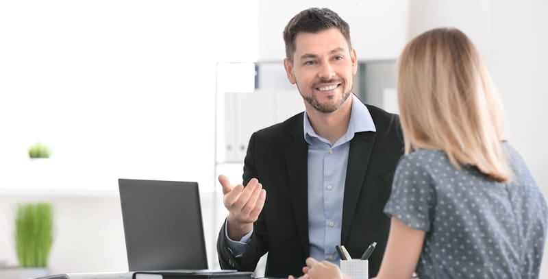 accountant talks to client